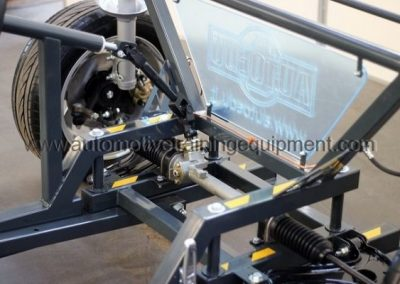 MSVAZ-1-Wheel-alignment-training-stand7-600x400